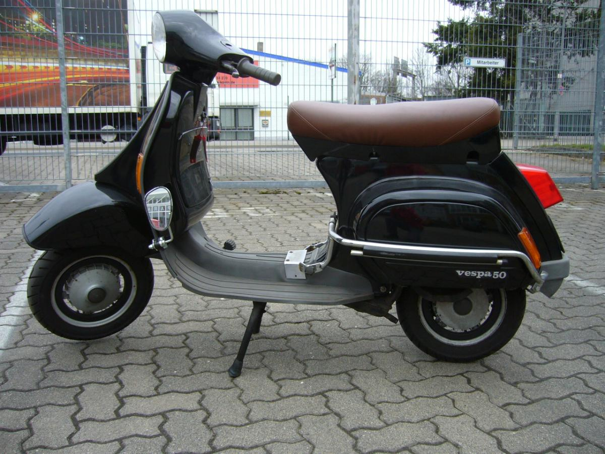 verkaufe vespa pk 50 xl2 4 gang verkaufe roller gsf. Black Bedroom Furniture Sets. Home Design Ideas